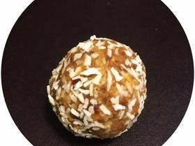 Шарики для спорта (кокос, финики, арахис)