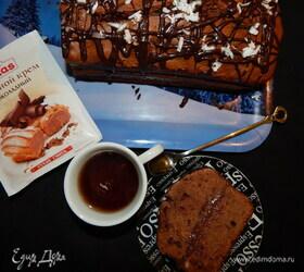 Шоколадно-кокосовый кекс с заварным кремом