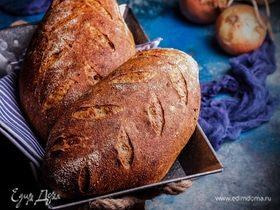 Батоны на пшеничной закваске с беконом и луком