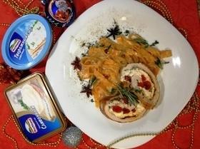 Рулетики из куриного филе с начинкой из творожного сыра