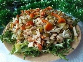 Пикатный салат с грибами и фриссе