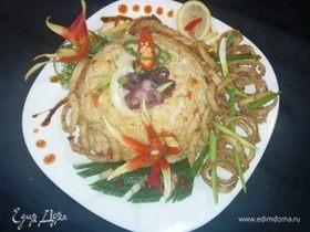 Острый рис «Том-Ям» с кальмарами