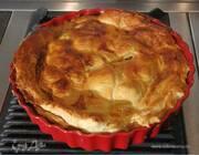 Пирог с брокколи, пореем и голубым сыром