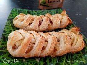 Кленовый пекан с яблоками