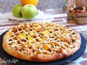Галета с карамелизованными яблоками и орехами