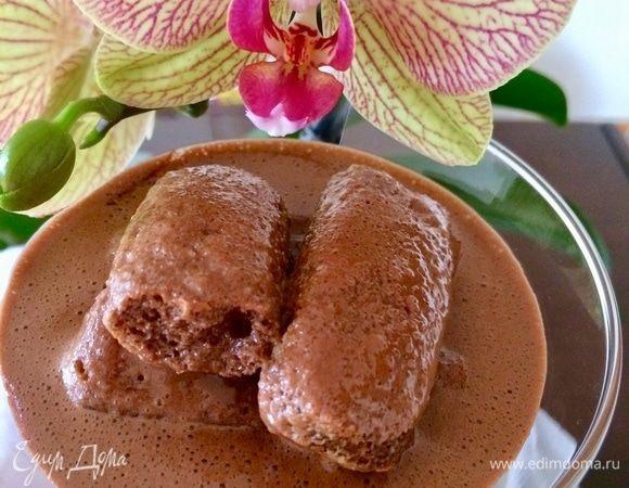 Шоколадный сабайон с печеньем
