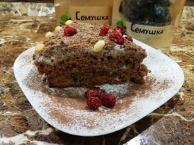Ароматный шоколадный торт с черносливом