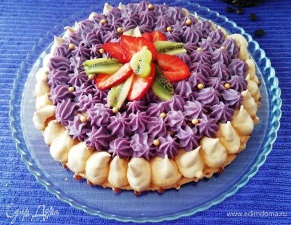 Невесомый торт из безе и заварного крема
