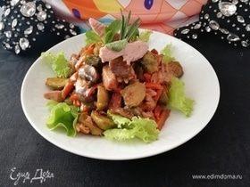 Салат с тунцом, запеченными овощами и карамелизированной морковью