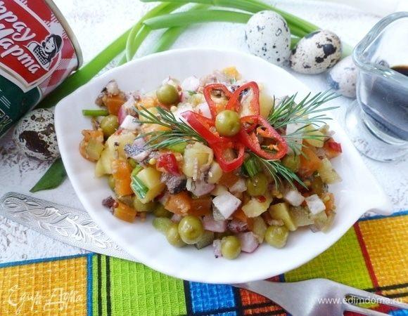 Салат со шпротами и горчичной заправкой