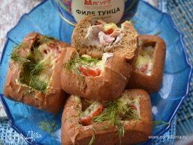 Закусочные булочки с тунцом