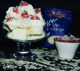 Рисово-кокосовый десерт с фруктовым пюре