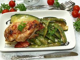 Куриное филе с зеленой фасолью и чоризо