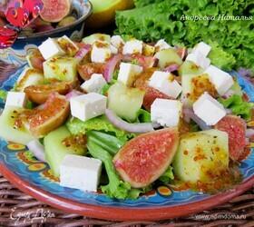 Салат с дыней, инжиром и брынзой