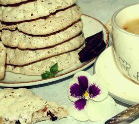 Белковое печенье с орехами и шоколадом