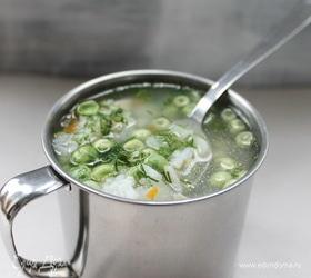 Суп со свежим горошком и рисом