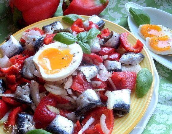 Салат из кильки с овощами