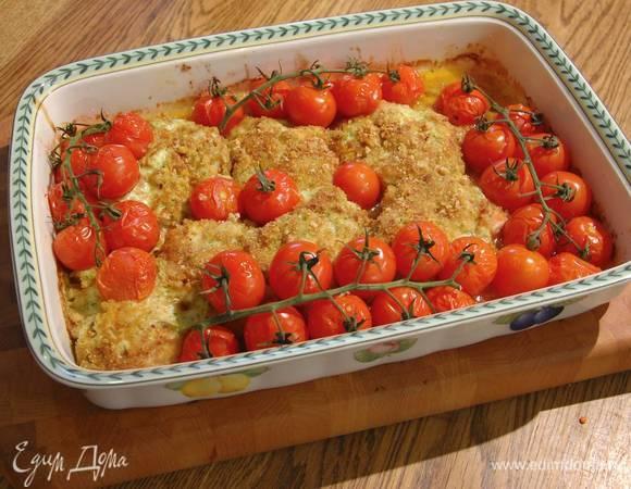Курица, запеченная с песто, сыром и помидорами