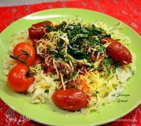 Паста с куриной печенью и помидорами