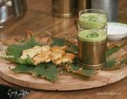 Суп-пюре из лука-порея и горошка с сырным печеньем