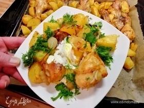 Курица в маринаде из хариссы, запеченная в духовке