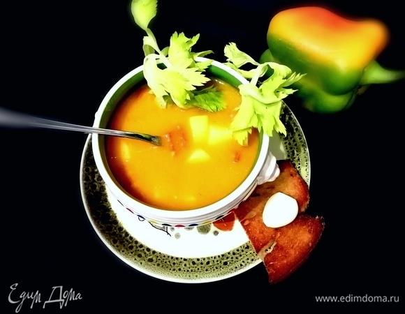 Суп из перцев с пряными колбасками