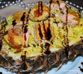 Рис с острой пастой и рыбой