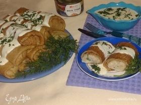 Блинчики из цельнозерновой муки с рисом и тунцом под сырным соусом