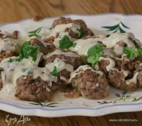 Тефтельки из баранины и говядины под соусом тахини