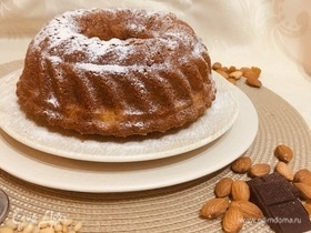 Кекс с кедровыми орешками и миндалем