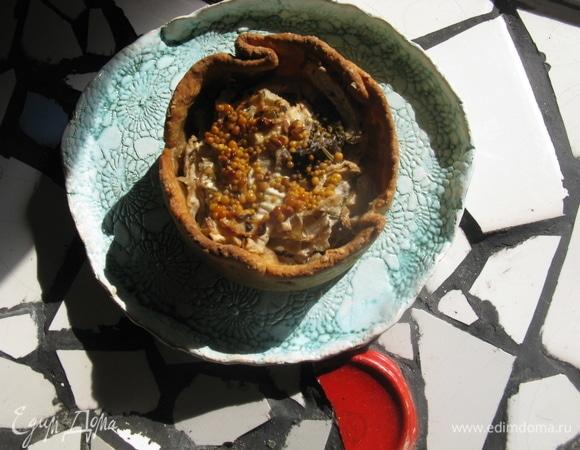 Запеченная тортилья с грибами и мясом