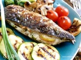 Скумбрия с овощами и шампиньонами на гриле