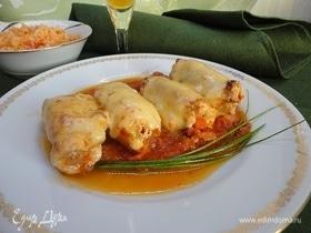 Рулетики под сыром в томатном соусе