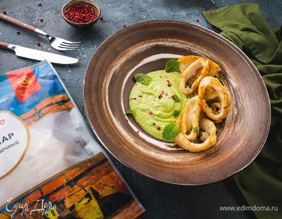 Кальмары по-анадлузски с пюре из зеленого горошка