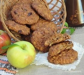 Овсяное печенье с изюмом и клюквой