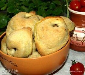 Закусочные пирожки с хеком и картофелем