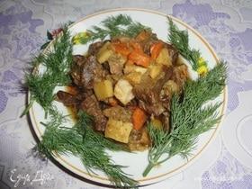 Рагу из говяжьего сердца с овощами и айвой