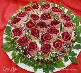 Салат «Букет роз» («Селедка под шубой»)