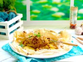 Куриное филе с квашеной капустой в пергаменте
