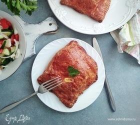 Конвертики со свининой, сыром и помидорами