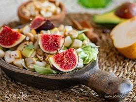Салат с инжиром и медовой грушей