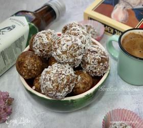 Десерт из фиников и кешью