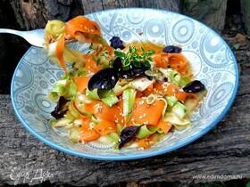 Салат из моркови и цукини