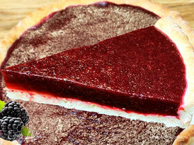 Творожный тарт с ежевичным мармеладом