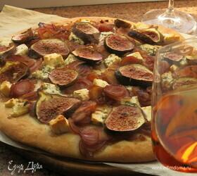 Пицца с сыром и инжиром