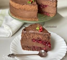 Мегашоколадный торт с брусникой