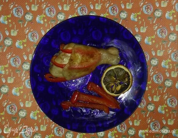 Куриные голени с болгарским перцем и чесноком