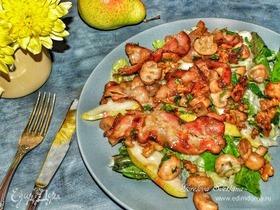 Салат с жареными шампиньонами и беконом