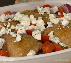Куриные бедрышки, запеченные с овощами в белом вине