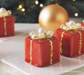 Муссовое пирожное «Новогодний подарок»